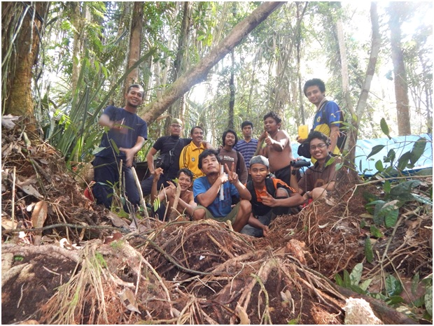 [Guest Blog] Behind the Scenes of Ecosystem Restoration: A Salute to the Field Teams working on Restorasi Ekosistem Riau (RER) by Dr Tony Whitten
